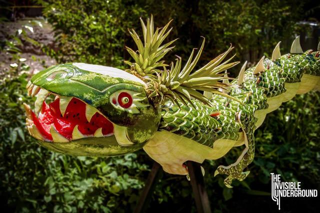 Dragon food sculpture 1