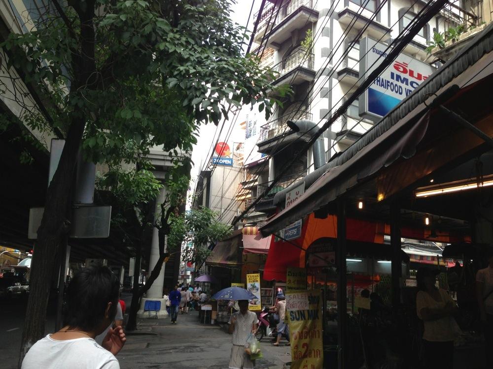 In bangkok 20121127 02