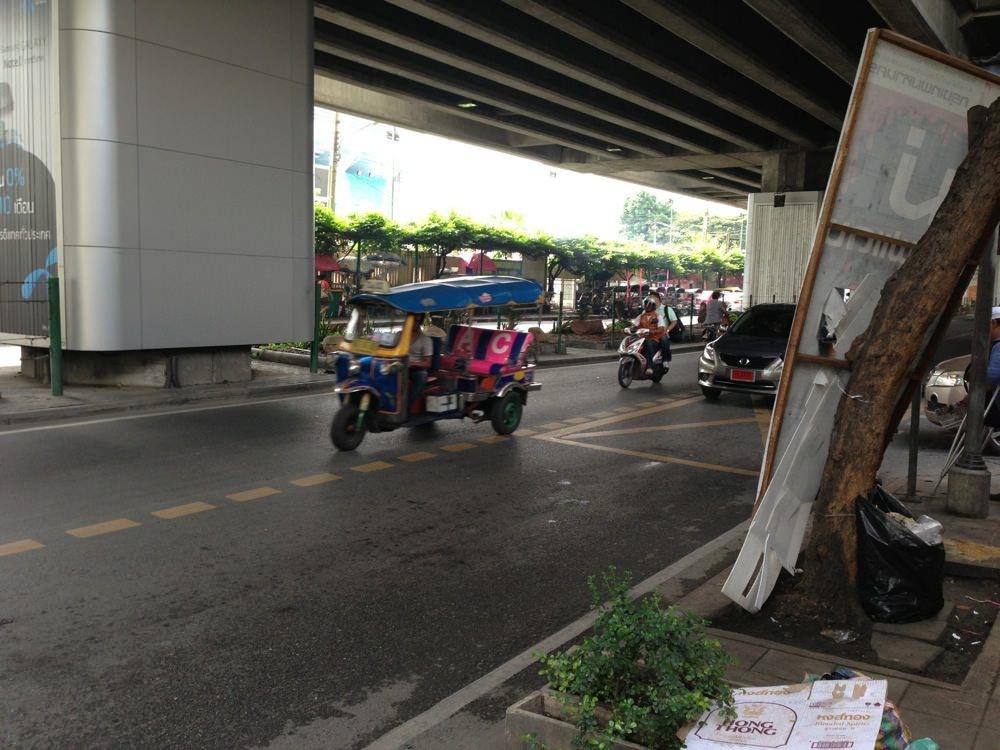 In bangkok 20121127 27