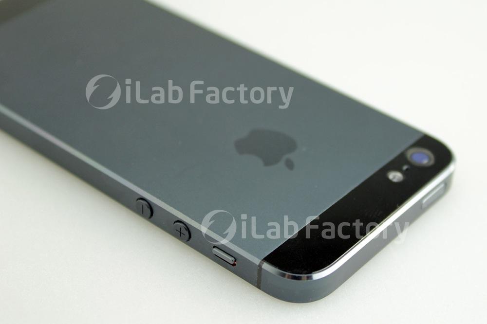 新しいiPhoneの背面