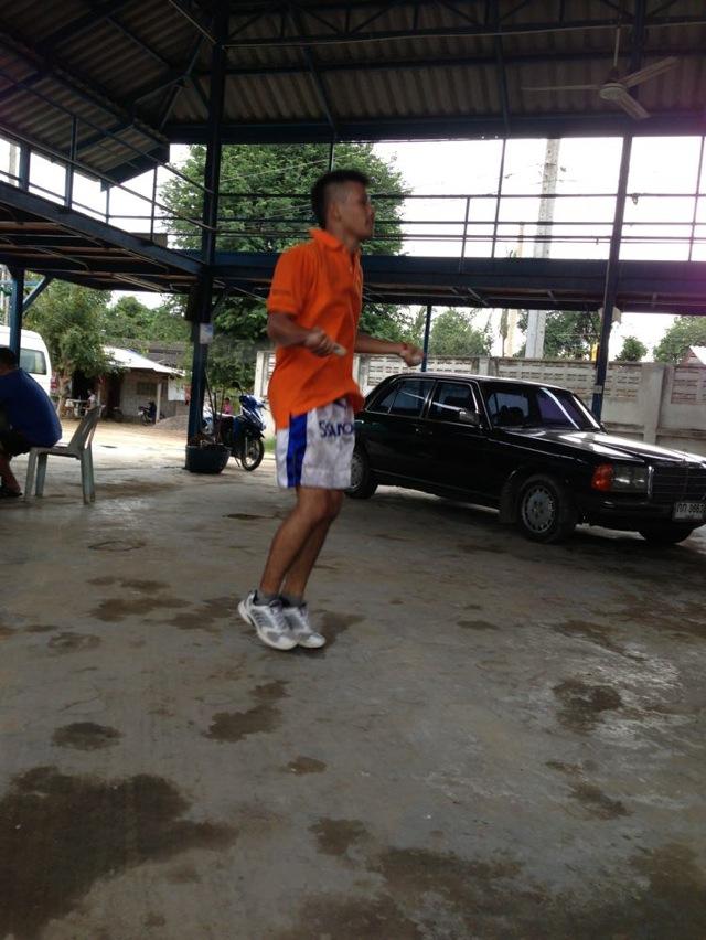 Phuengluang onesongchai gym 09