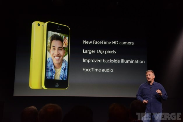 New Facetime Cameraを備えているiPhone 5c