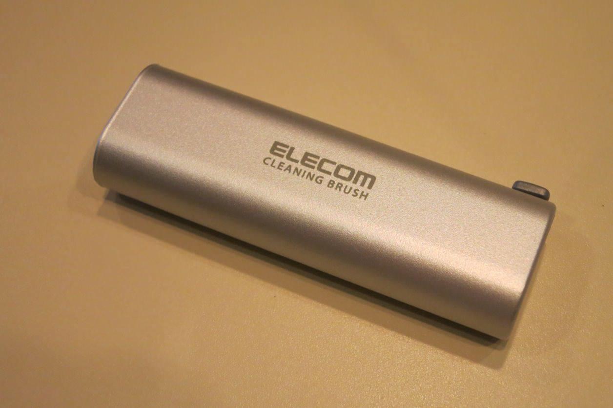 ELECOM 静電気除去でホコリが付きにくくなるブラシ