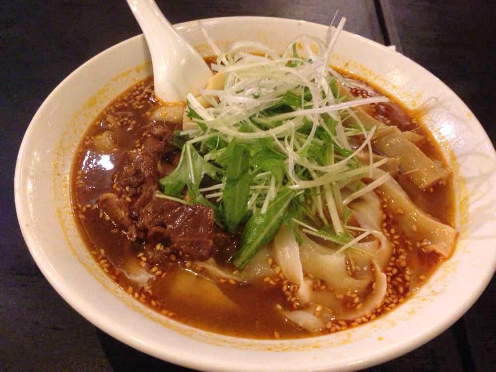 中華一番で憧れてた!東京・千駄ヶ谷「猪八戒」の「刀削麺(マーラー味)」を喰らう!