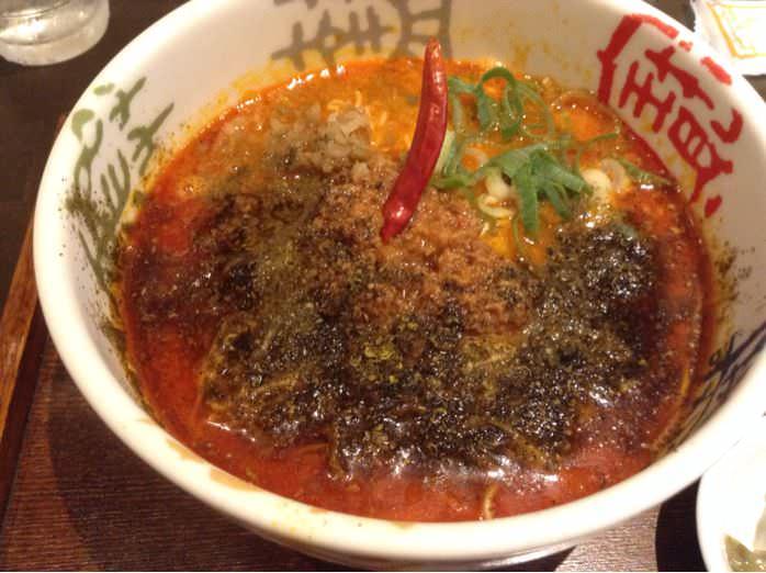 青鬼・担々麺(香家)