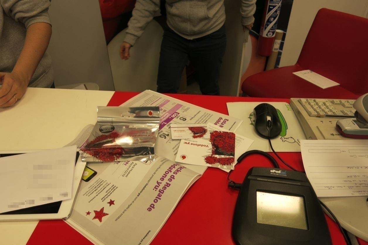 Spain vodafone prepaid sim 3 6