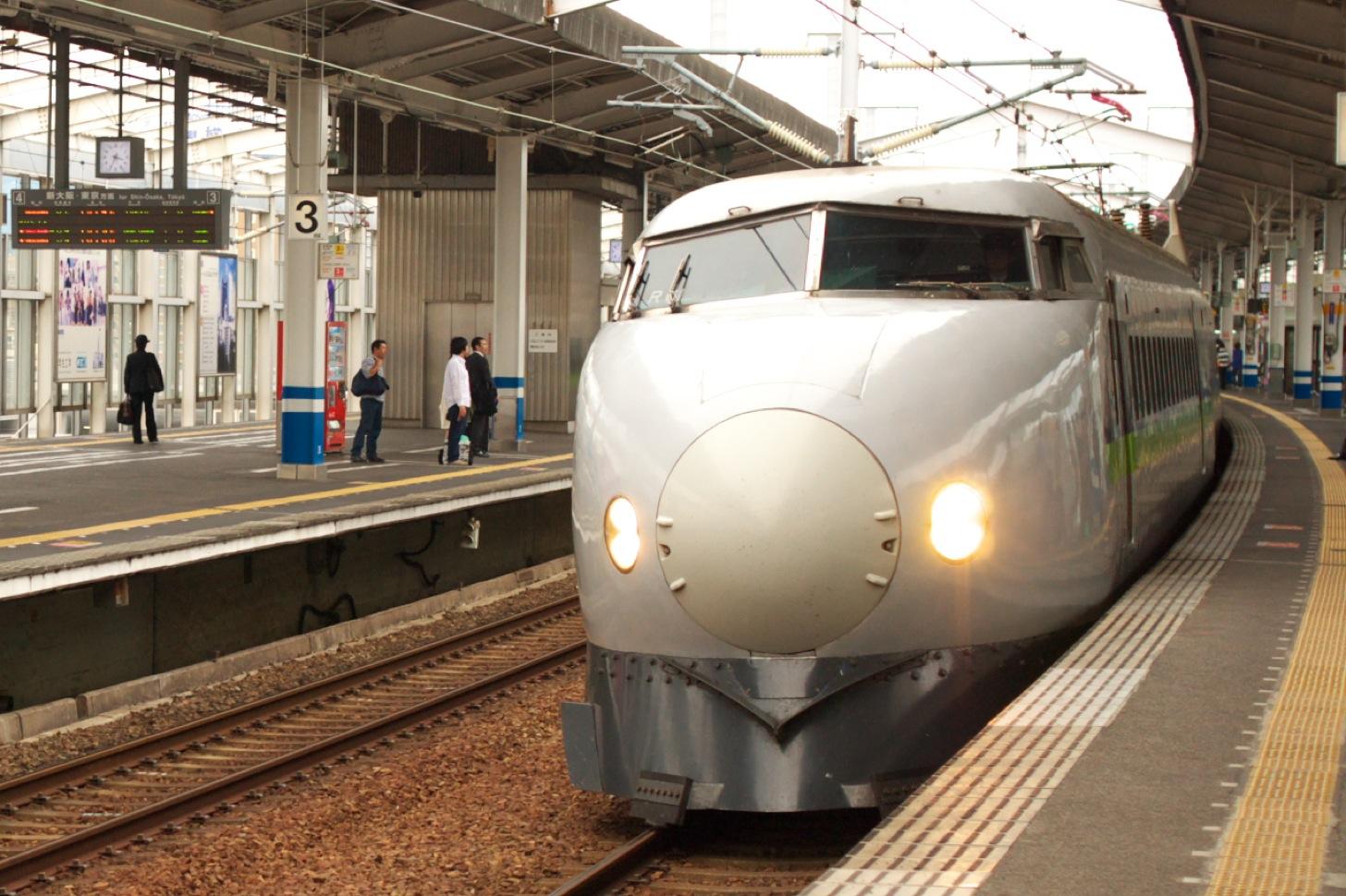 新幹線こだま