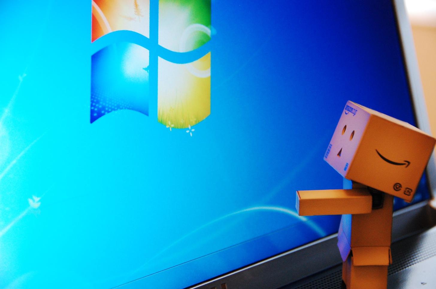 すべての家電屋さんに言いたい。「展示しているすべてのPCをネットが使えるようにしろ」と。