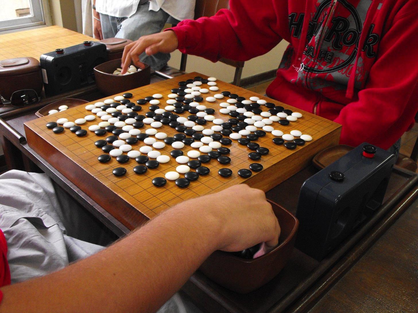 グーグル開発の人工知能「AlphaGo」なんとプロの囲碁棋士に5戦全勝。