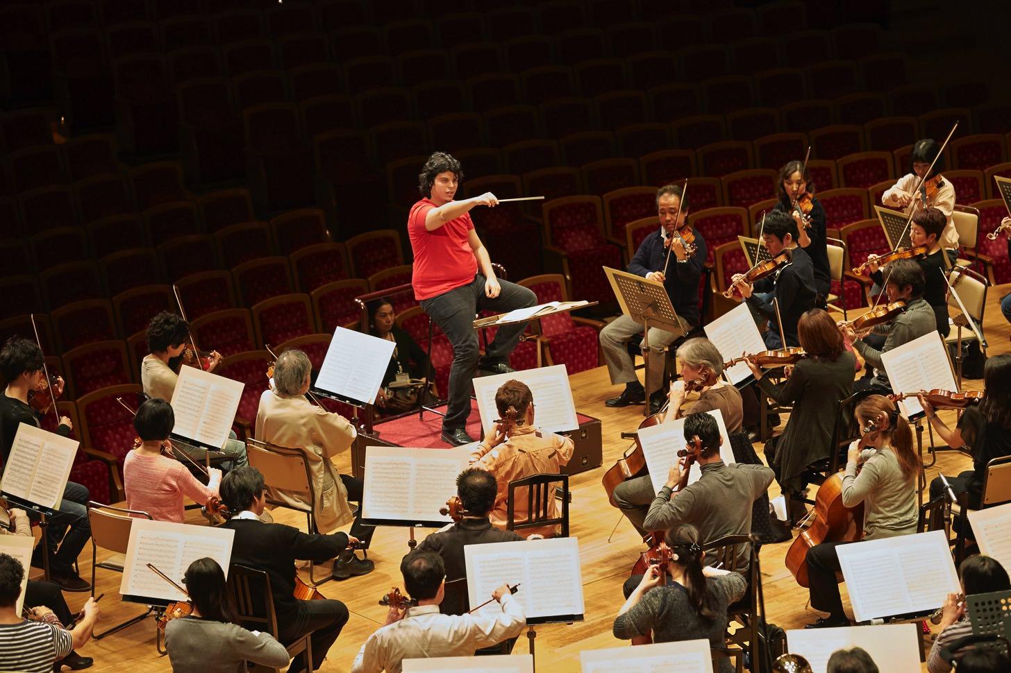 アンドレア・バッティストーニさんと東京フィルハーモニー交響楽団
