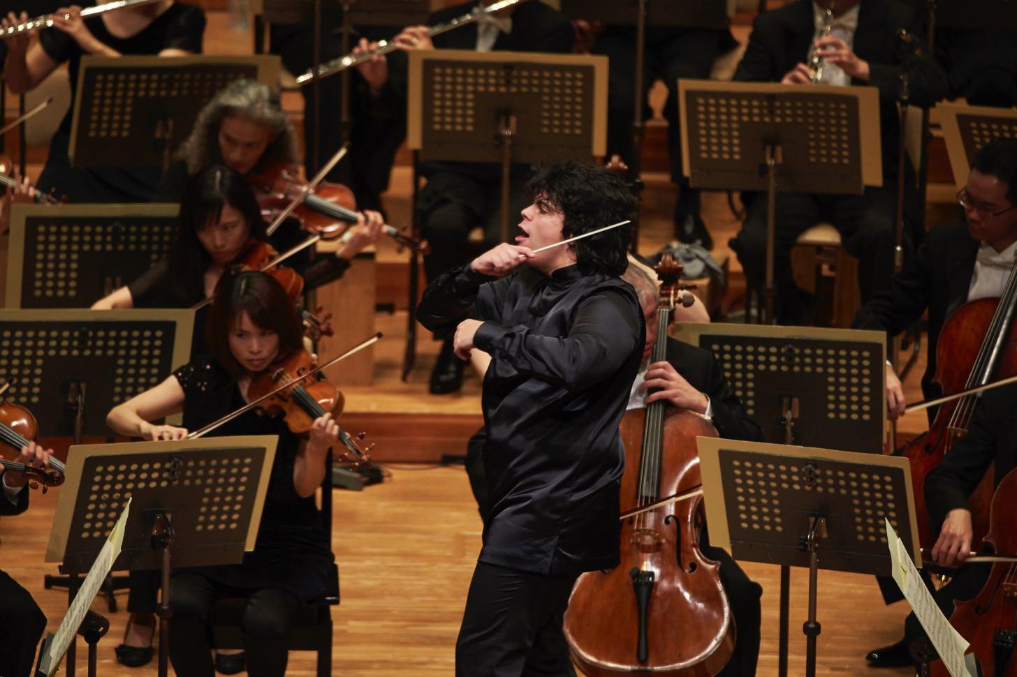 アンドレア・バッティストーニが指揮する東京フィルハーモニー交響楽団「ベートーベン第九特別演奏会」