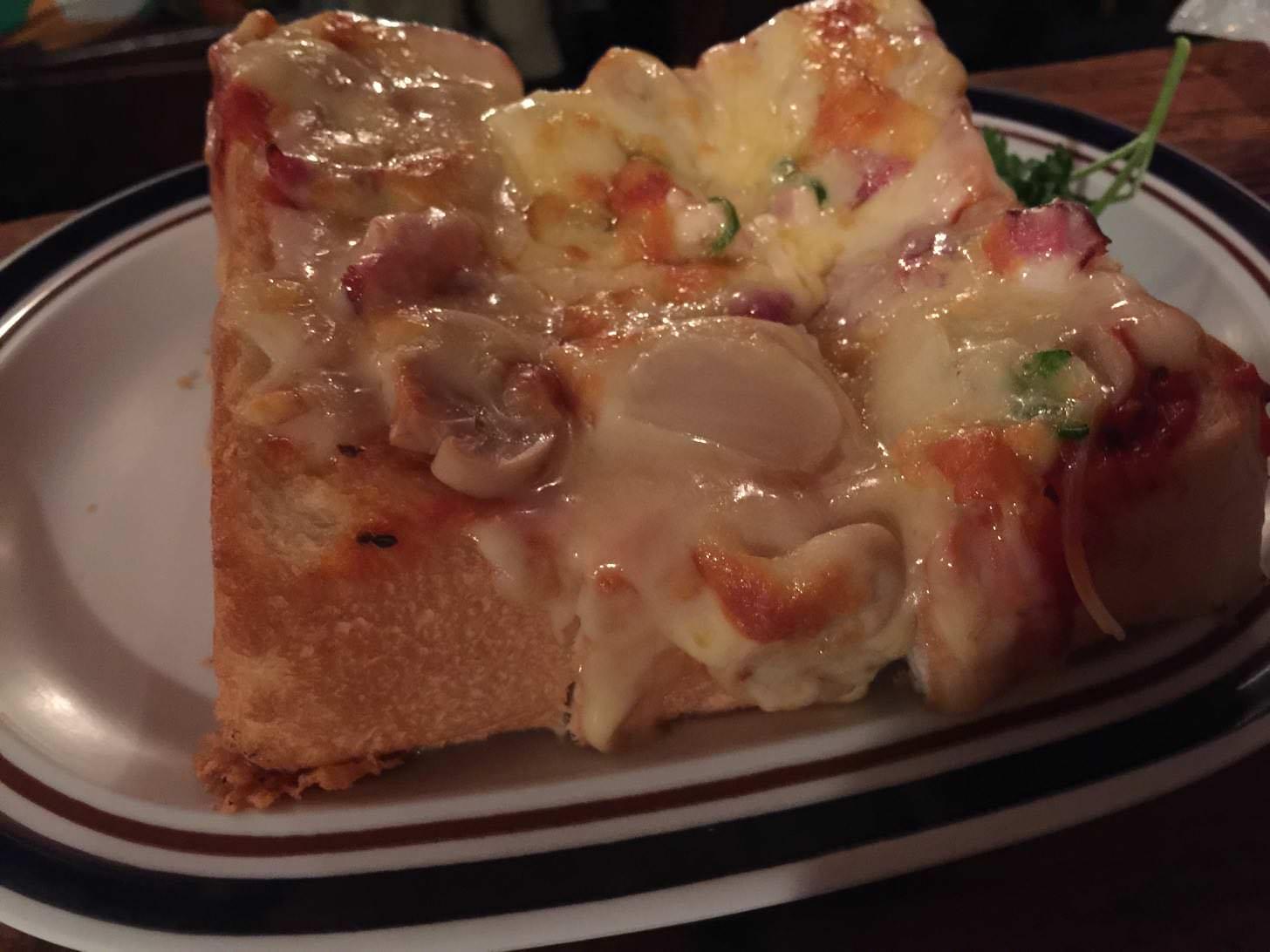 さぼうるのピザトースト(大)