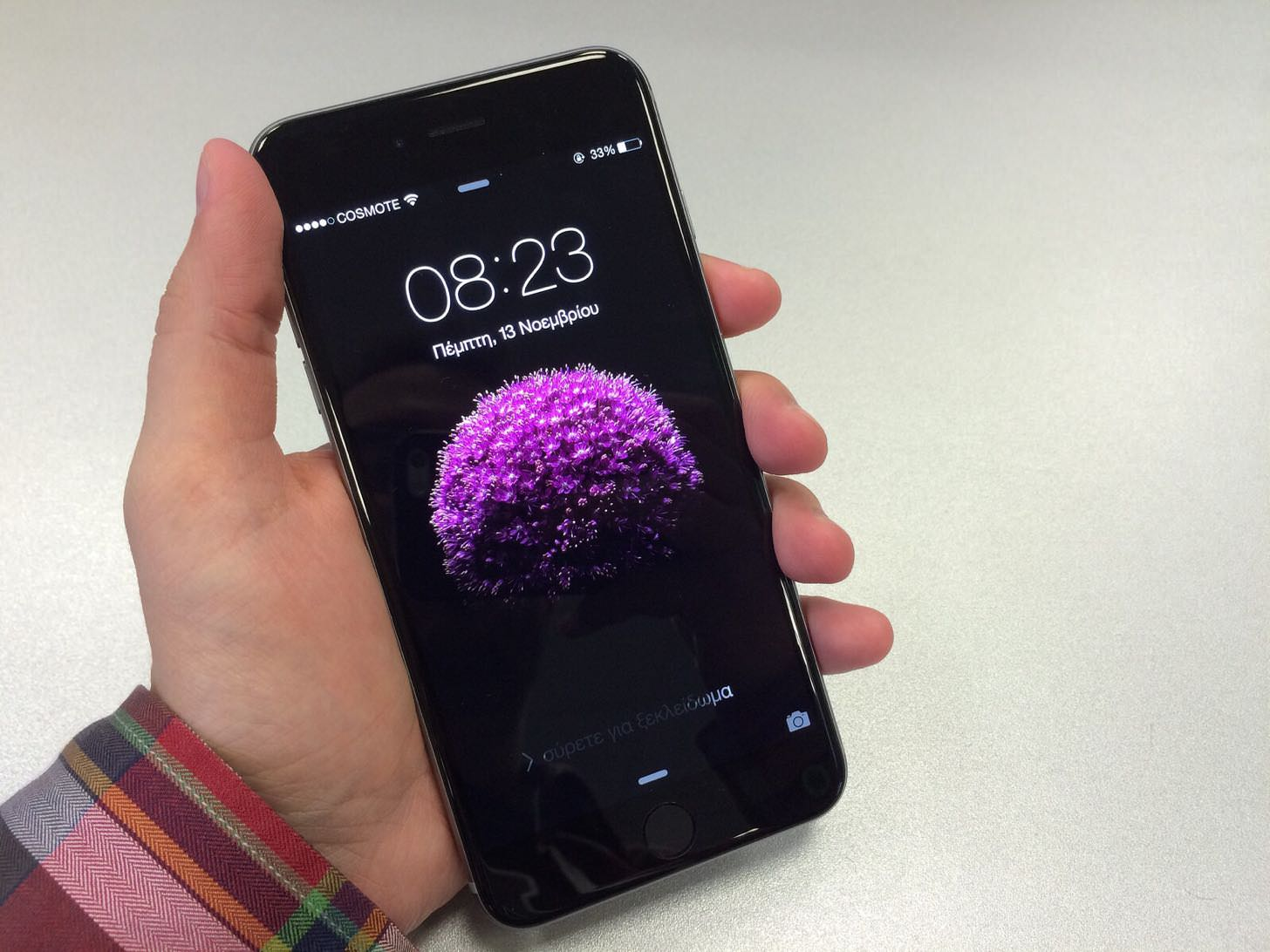 「なんだかiPhone 6 Plusで撮った写真が曇るんだが。。。」という人を対象にAppleが「カメラ無償交換プログラム」を開始。