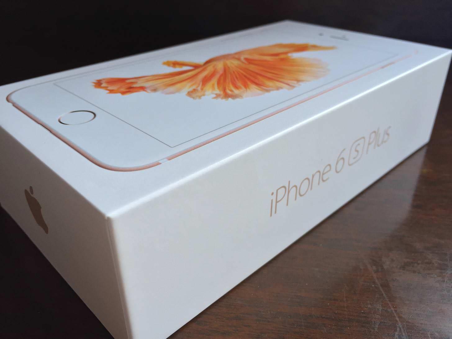 iPhone 6s Plus ローズゴールド 64GBの箱