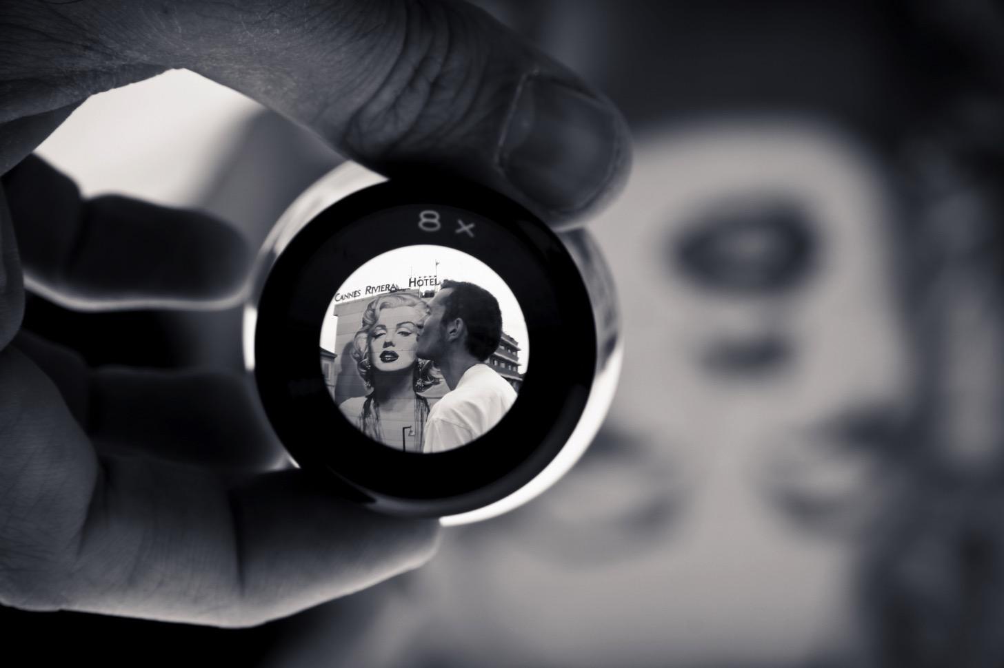 iPhone/iPadのカメラを虫眼鏡や望遠鏡のように使える「拡大鏡」