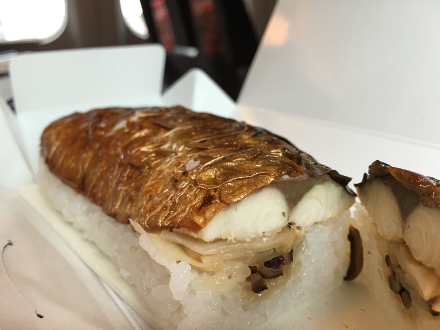 越前田村屋 手押し焼き鯖寿司