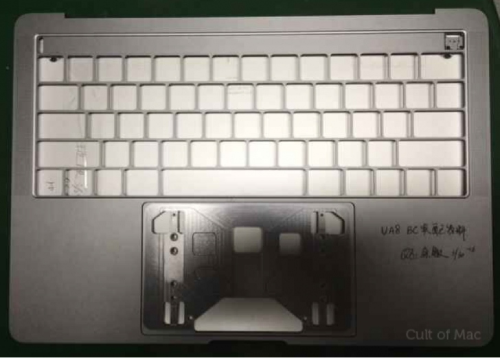 新型MacBook ProはUSB Type-Cに完全移行し、microSDやThunderbolt端子やイヤホンジャックは廃止か?