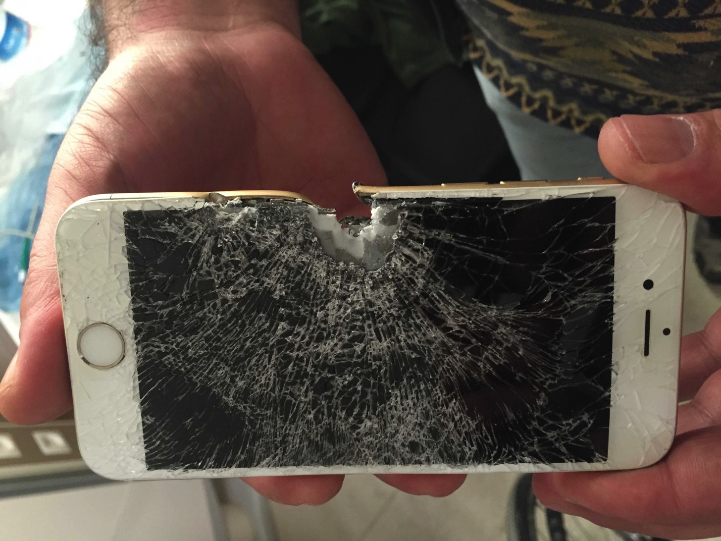 Story iphone saved the young soldier from bullet