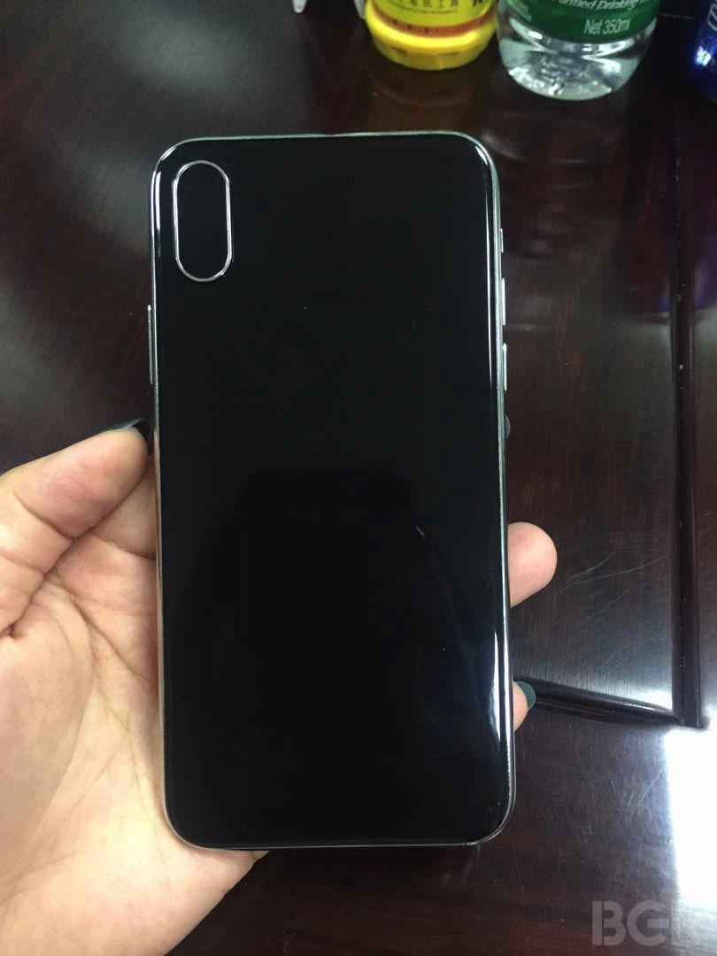 iPhone 8モックアップ裏
