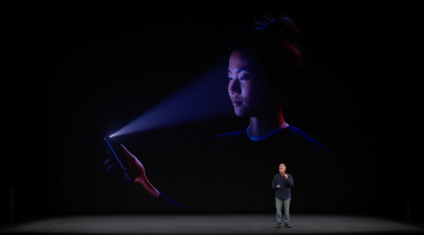 iPhone XのFace ID