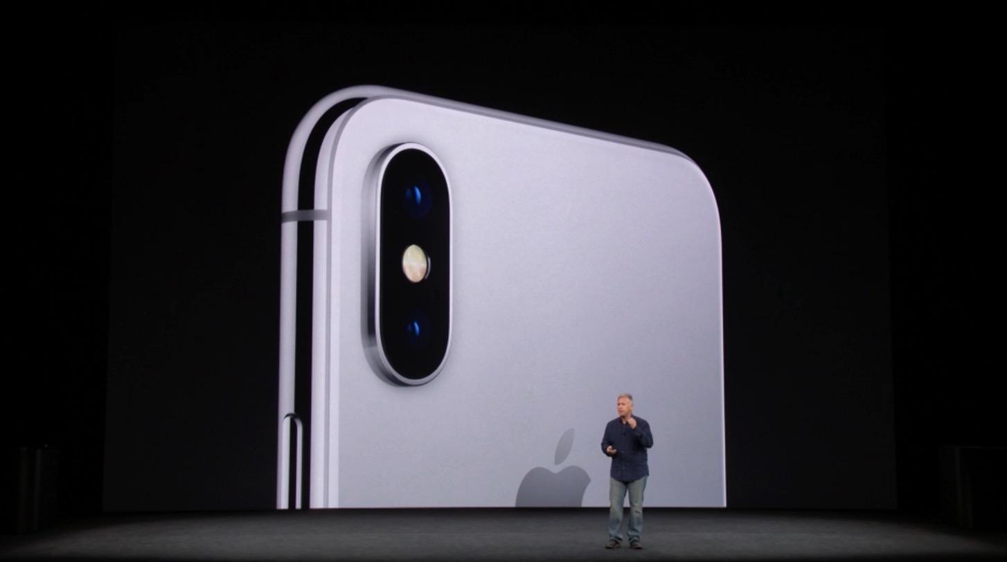 iPhone Xのリアカメラ。