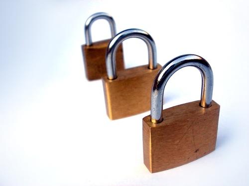 iPhone & iPadのパスコードロックを凄く強固にする方法。