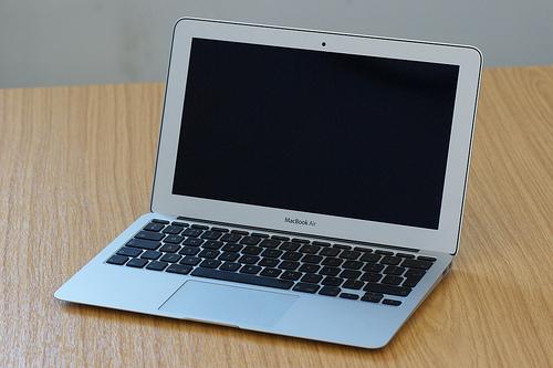 インテル、Sandy Bridgeベースの次世代MacBook Airプロセッサを発売か?