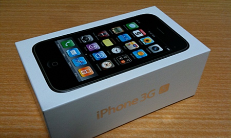 iPhone 3GSの原価は18000円くらいだそうです。
