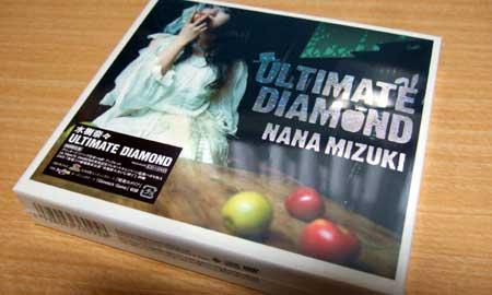 水樹奈々のNewアルバム「ULTIMATE DIAMOND」の初回限定版を特典狙ってアニメイトで買ってきましたー!