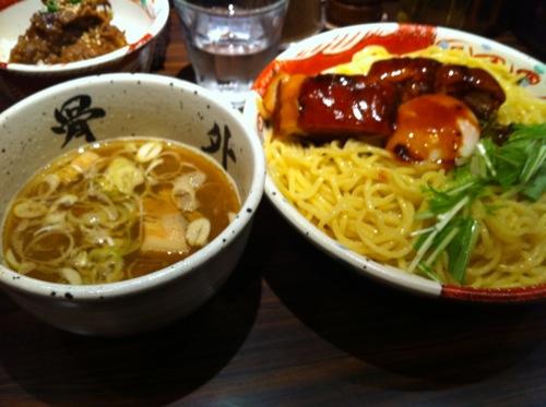 東京渋谷にある麺屋武蔵武骨外伝の「濃厚外伝つけそば」を喰らう!