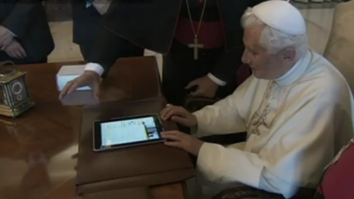 Pope to tweet on the ipad
