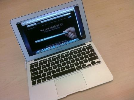MacBook Air 11インチ(late 2010)が速くて安くてパネェらしい。