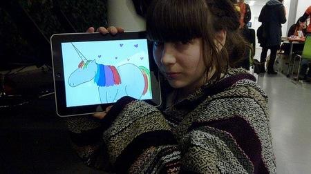 iPad、ディスプレイの製造が間に合ってねーぞ!的状況らしい。