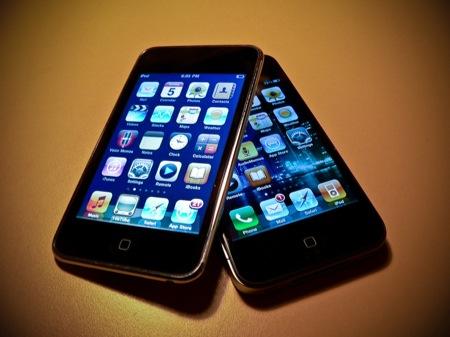 第4世代iPod touchと、iPhone 4の違いが一目瞭然なムービー。