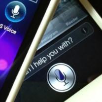 SiriでTwitterとFacebookに投稿する方法。