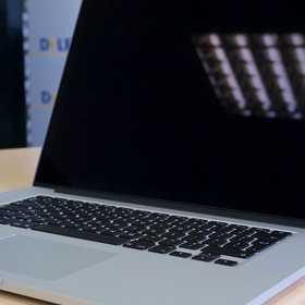 感圧タッチ搭載の新MacBook Pro Retina 15インチのスペックと価格をAirと無印とで比較してみた。