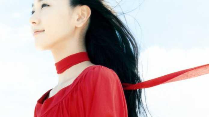 赤い糸 - 新垣結衣の歌詞と試聴レビュー