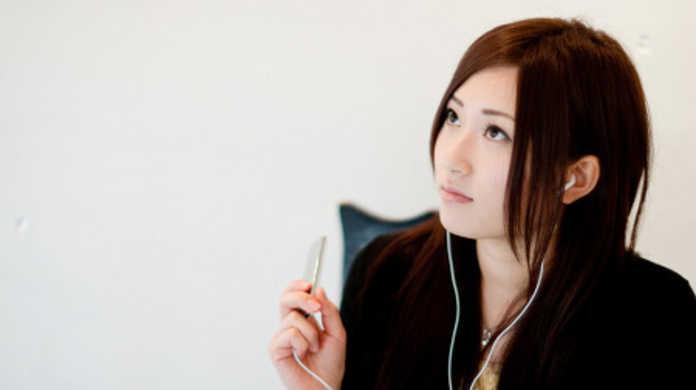 次の第三世代iPod touchには、カメラとマイクが搭載される!?