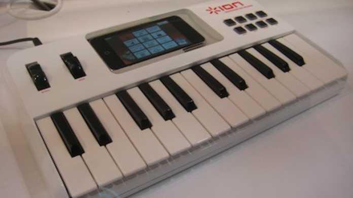 iPhoneを鍵盤キーボード化する「iDiscover Keyboard」