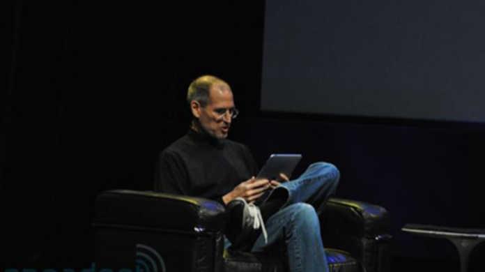 スティーブ・ジョブズ閣下が「iPad」をプレゼンしている動画。