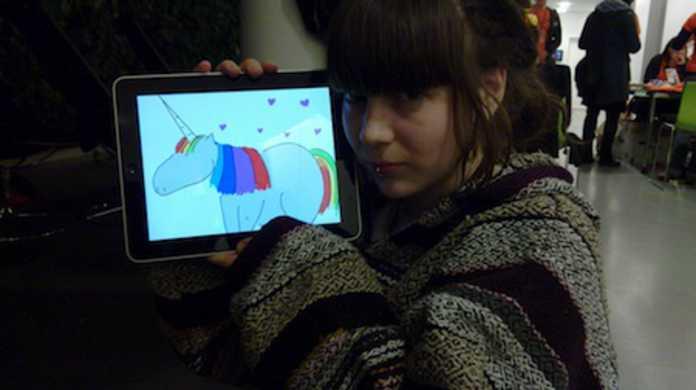 Apple、iPadの販売台数が100万台を達成したことを発表。