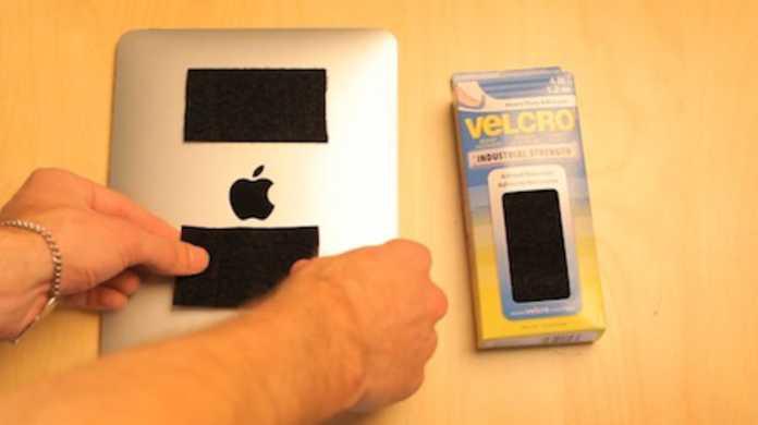 iPadとマジックテープの相性はバッチリだぜ!的なムービー。