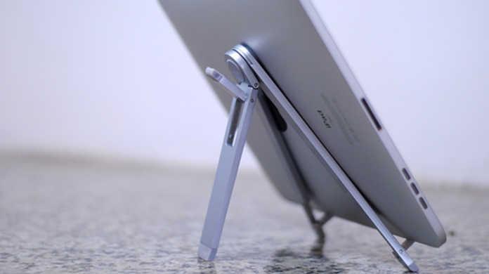iPadが横置きでDockと接続できたなら・・・。