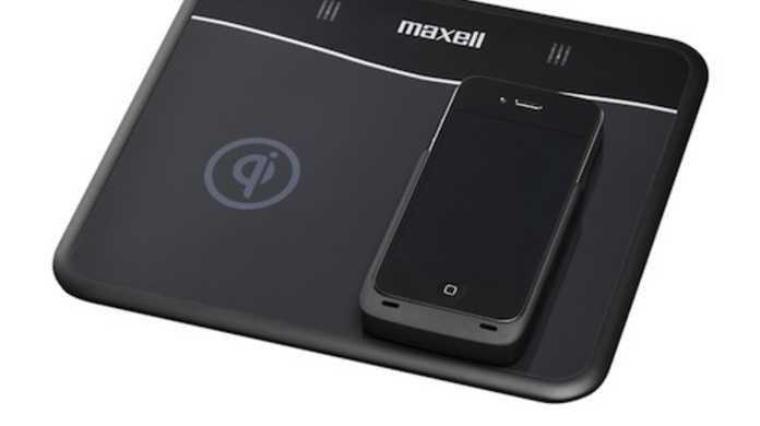 ついにiPhoneの充電が無線で出来る! マクセルのコードレス充電器「WP-PD10.BK」が4月発売へ。