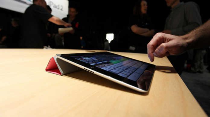 iPad2、東日本大地震をうけて発売日延期に。