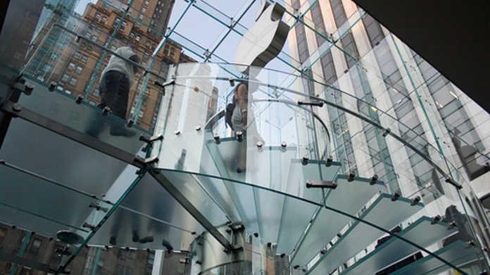 Apple、Apple Store 2.0を準備中。