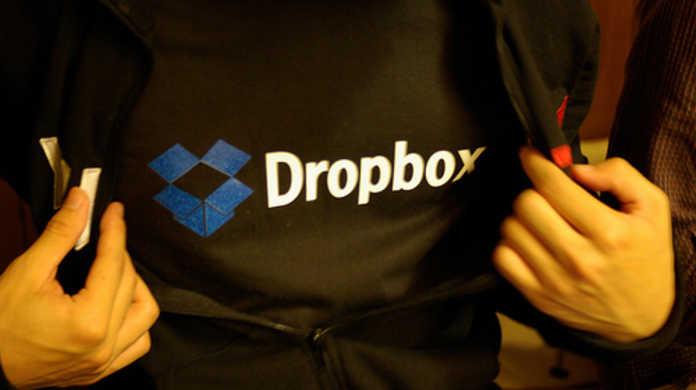ネタフルのコグレさんと するぷ が共著した本「できるポケット+ Dropbox」が7/8に出版されます!