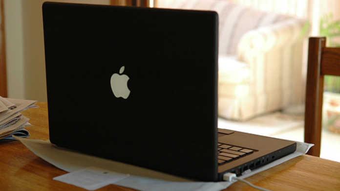 いつの日かブラックシルバーなMacBook Air、MacBook Proが登場す!?