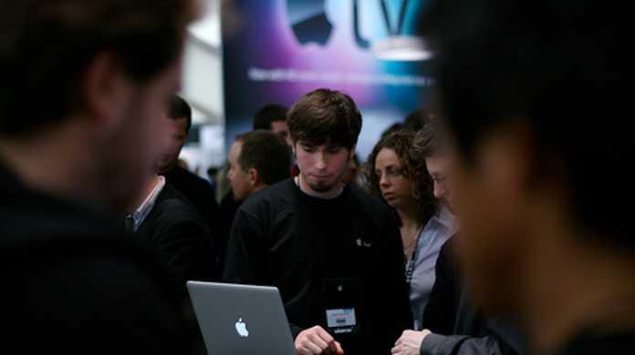 Apple、しなっとMac OS X 10.6.8でSSDのTRIM機能をサポートしていた。