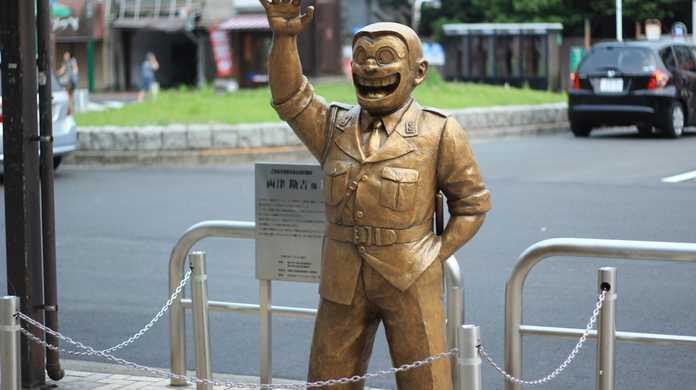 東京・亀有にある「こち亀」の両さん像を全部写真に収めてきたよ!
